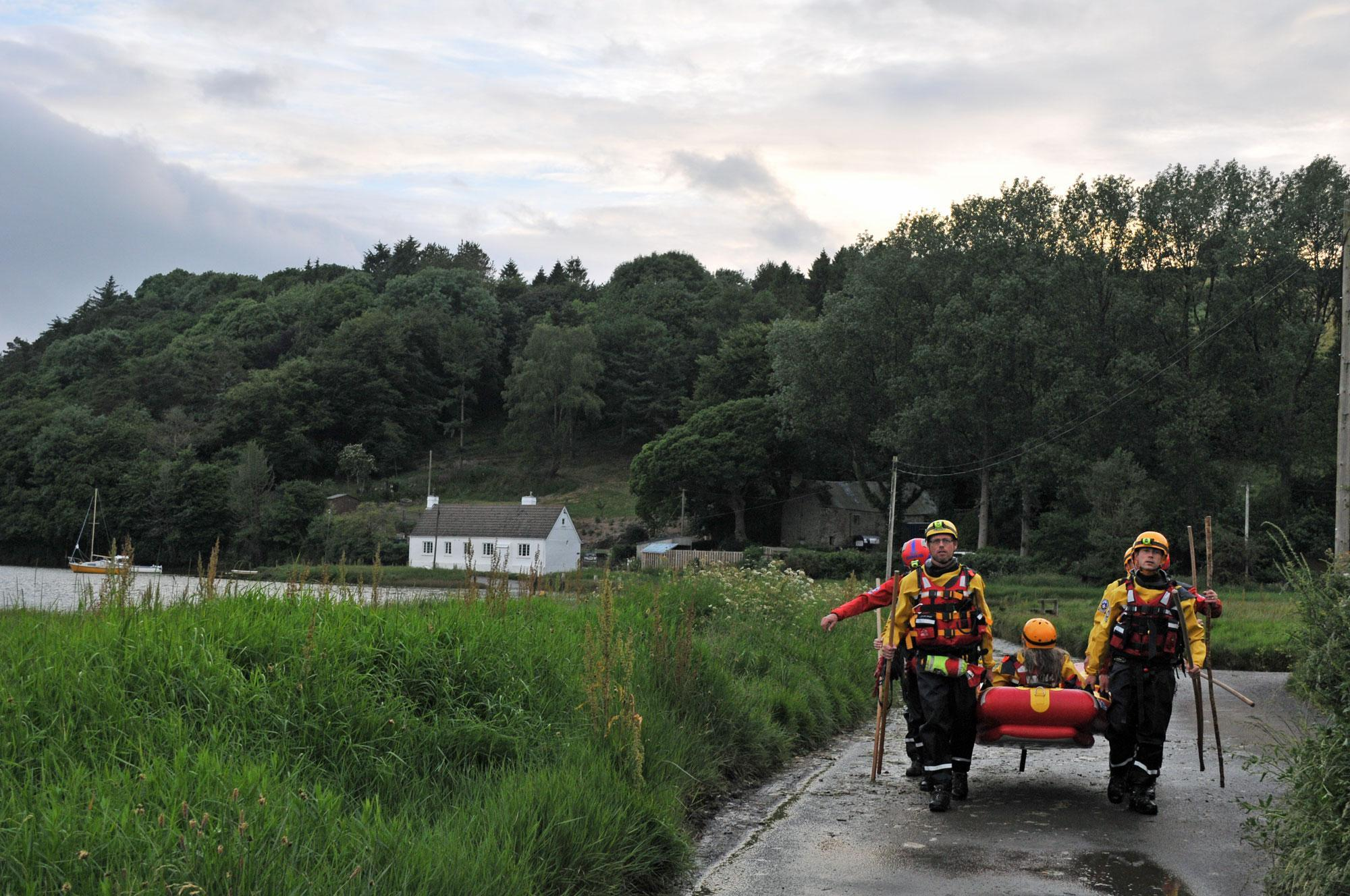 Dartmoor Search and Rescue Ashburton volunteers training on the River Aune at Aveton Gifford