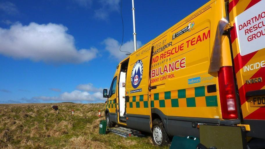 Dartmoor Search and Rescue Ashburton Incident Control Vehicle deployed at Sittaford Moor gate for Ten Tors
