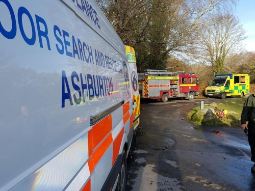 River Dart Kayaker trapped by partially submerged tree