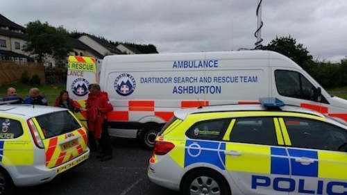 Dartmoor Rescue and Police vehicle on a search